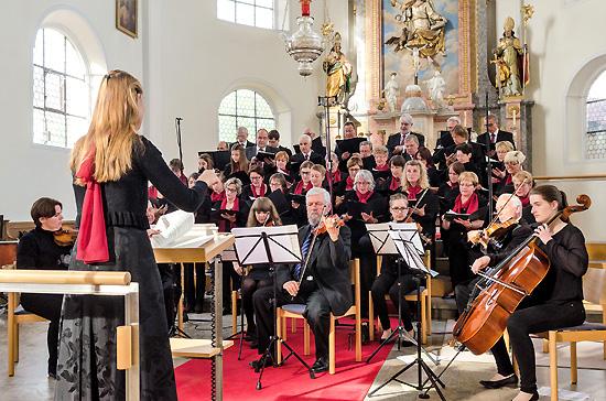 Kirchenchorbenefizkonzert mit Orchesterbesetzung